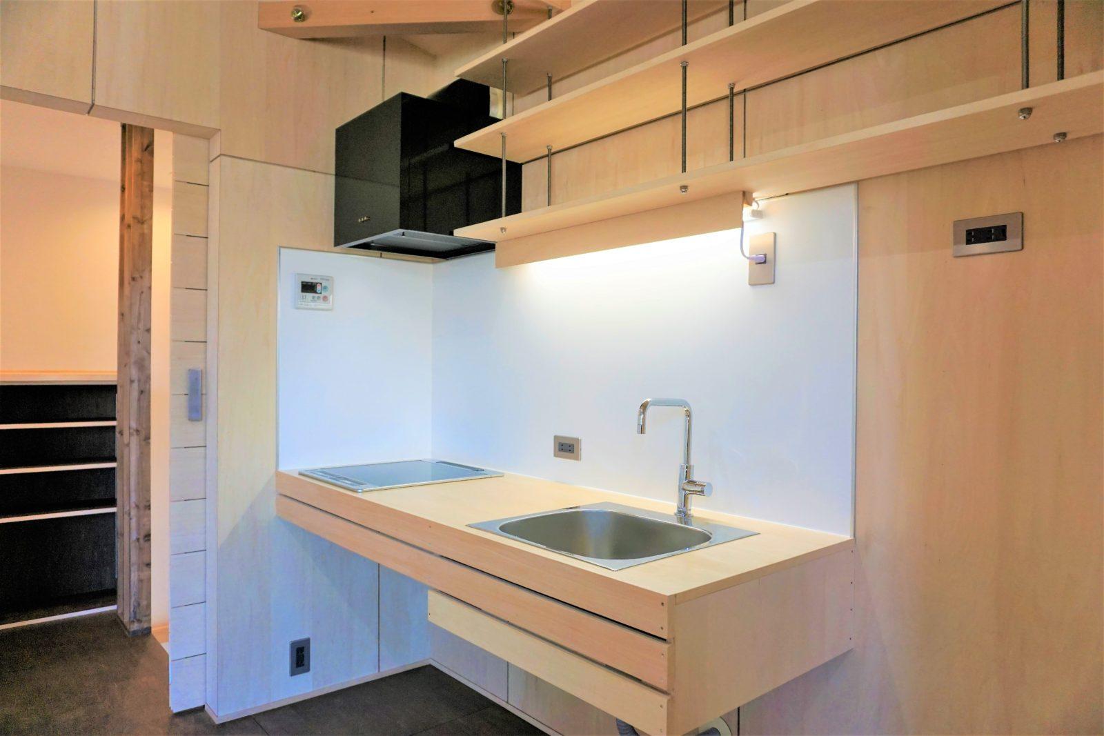¥20万~自然素材のシンプルなI型キッチン