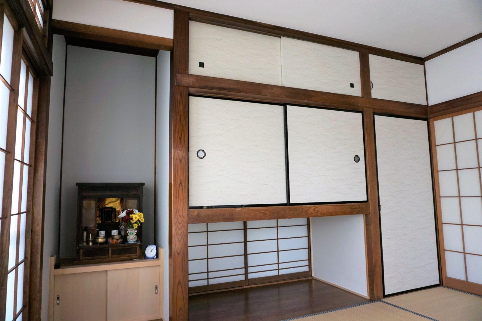 ポカピカの床板、キレイな襖で大容量収納スペース