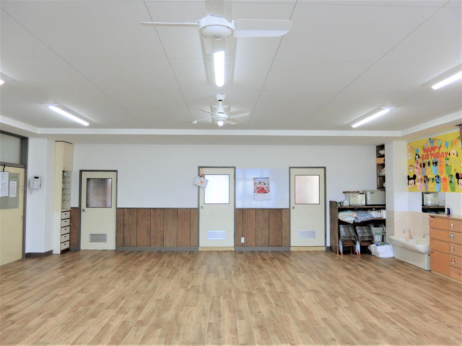 おしゃれな内装の保育室3