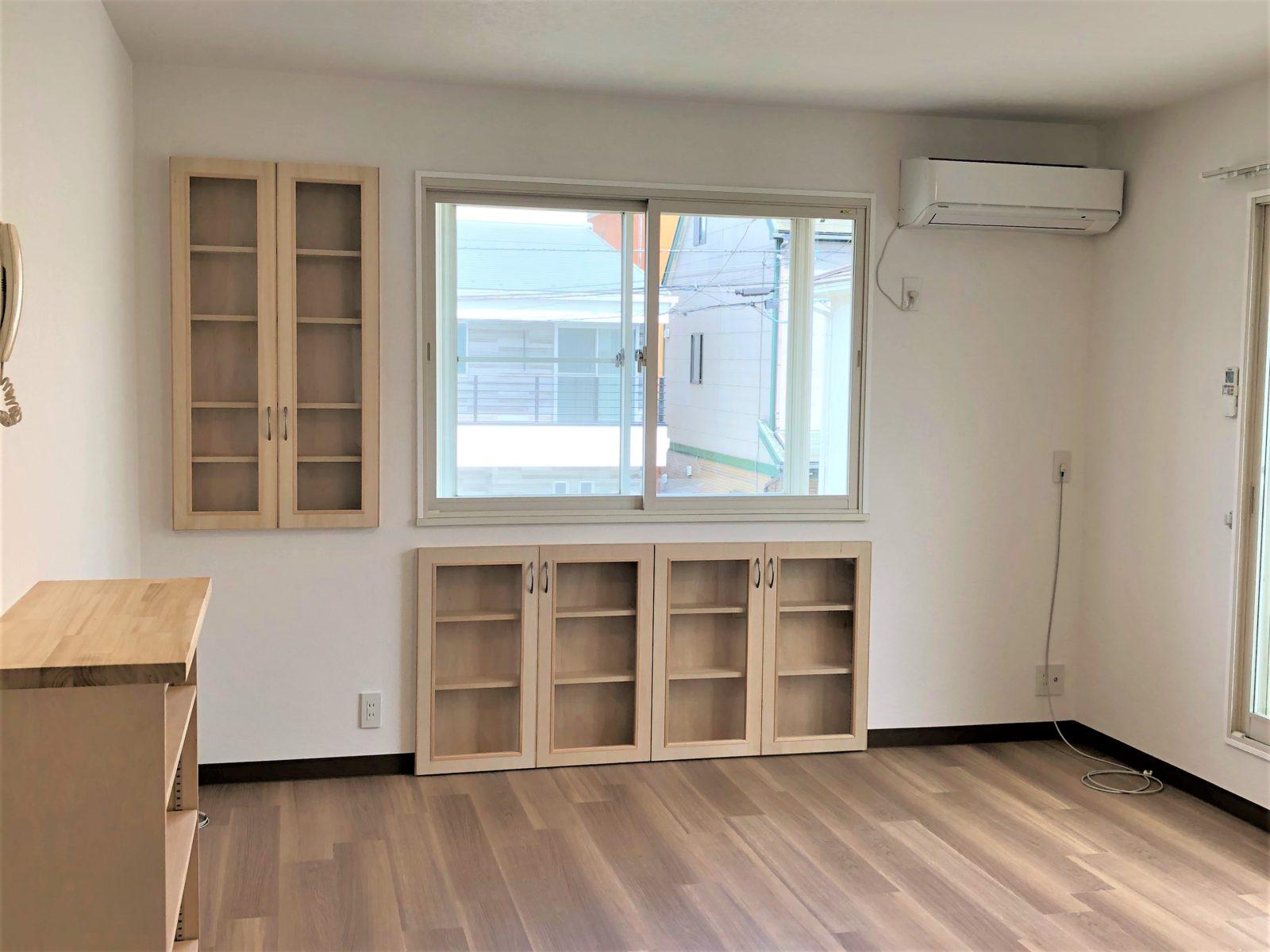 ¥10万~スペースを有効活用する扉付き収納棚