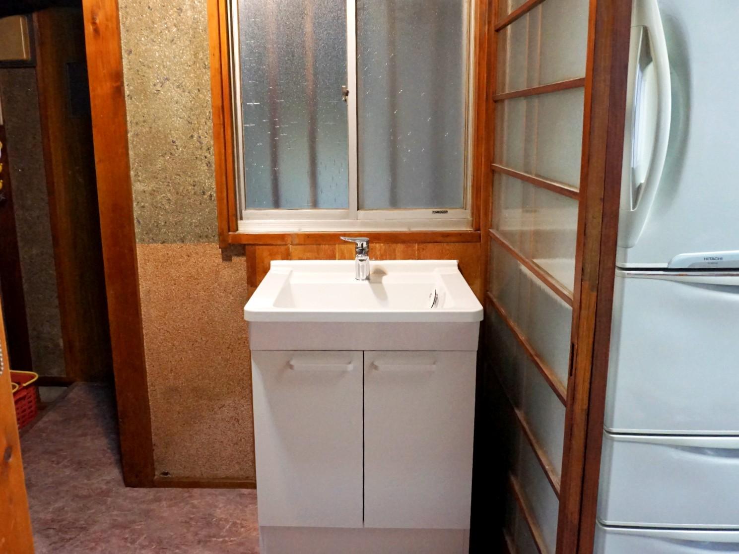 洗面所ー洗面台交換―90,895円(施工費含)(税込)