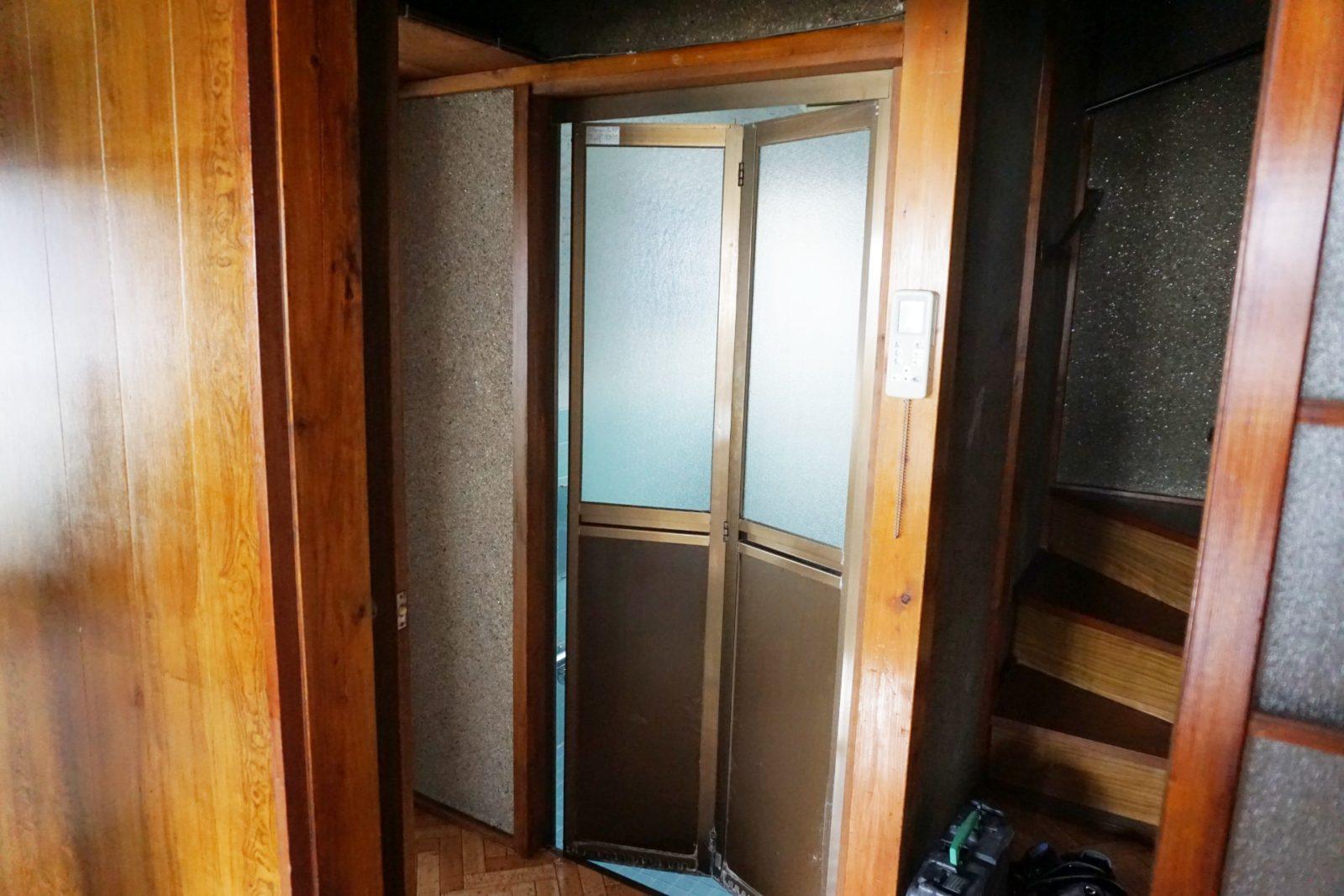 【ビフォー】before浴室ドア